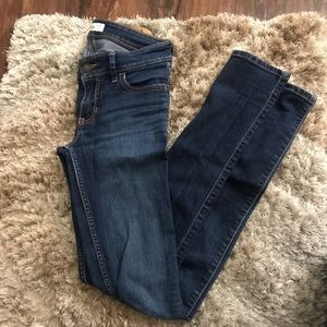 Hollister dark wash skinny jeans (24)